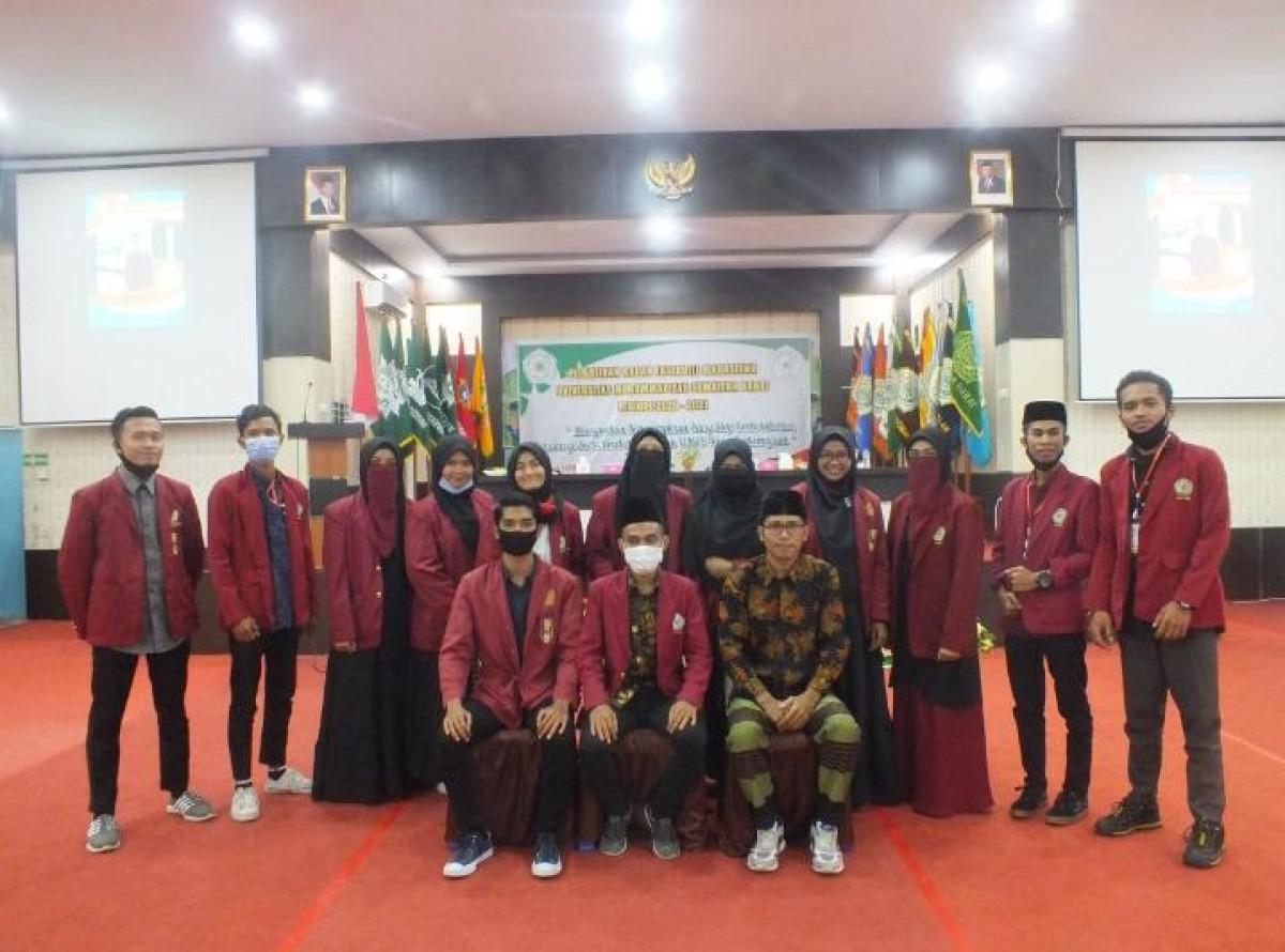 Presiden Mahasiswa dan jajaran pengurus Badan Eksekutif Mahasiswa (BEM) Universitas Muhammadiyah Sumatera Barat (UMSB), periode 2020/ 2021